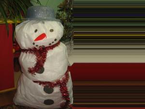 снеговик из сахарных мешков